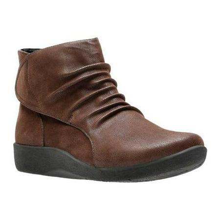Women's Sillian Sway Bootie (Dress Up Women Boots)