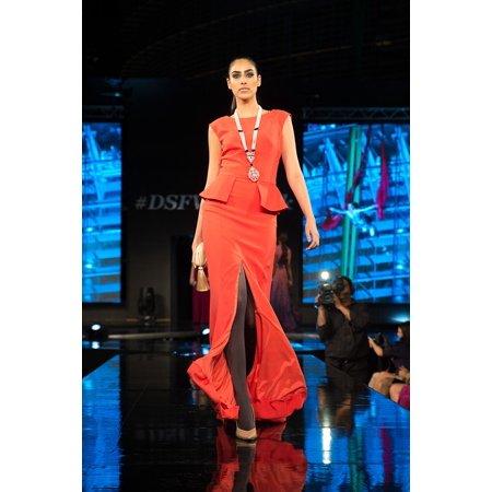 Canvas Print Style Female Fashion Show Model Fashion Catwalk Stretched Canvas 10 x 14