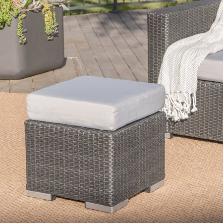 Avianna Outdoor 16 Inch Wicker Ottoman Seat With Cushion