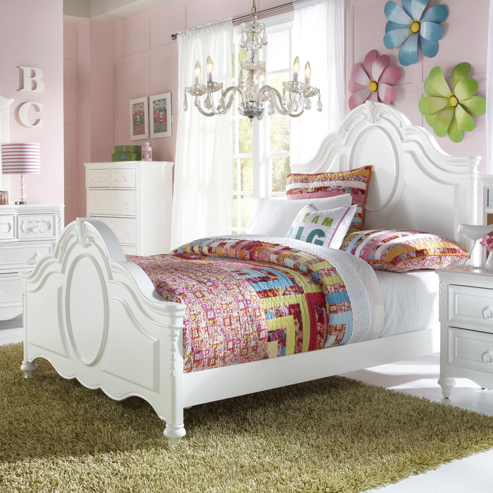SweetHeart Panel Bed - White