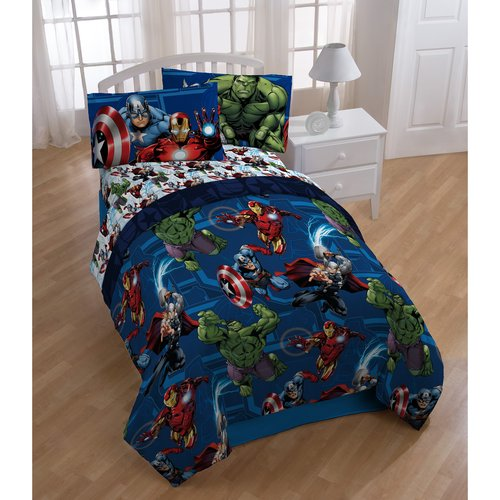 Marvel Avengers Bed in a Bag 5 Piece Twin Bedding Set with BONUS Tote