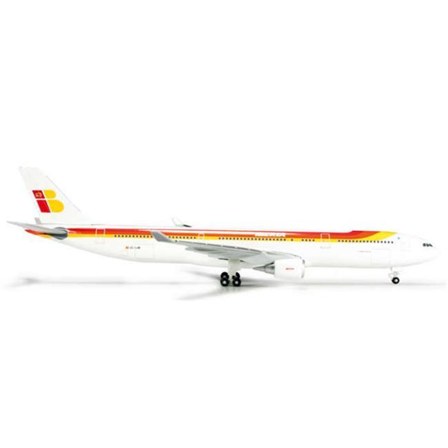 500 Scale   Iberia A330-300 1-500 REG No.EC-LUK - image 1 of 1