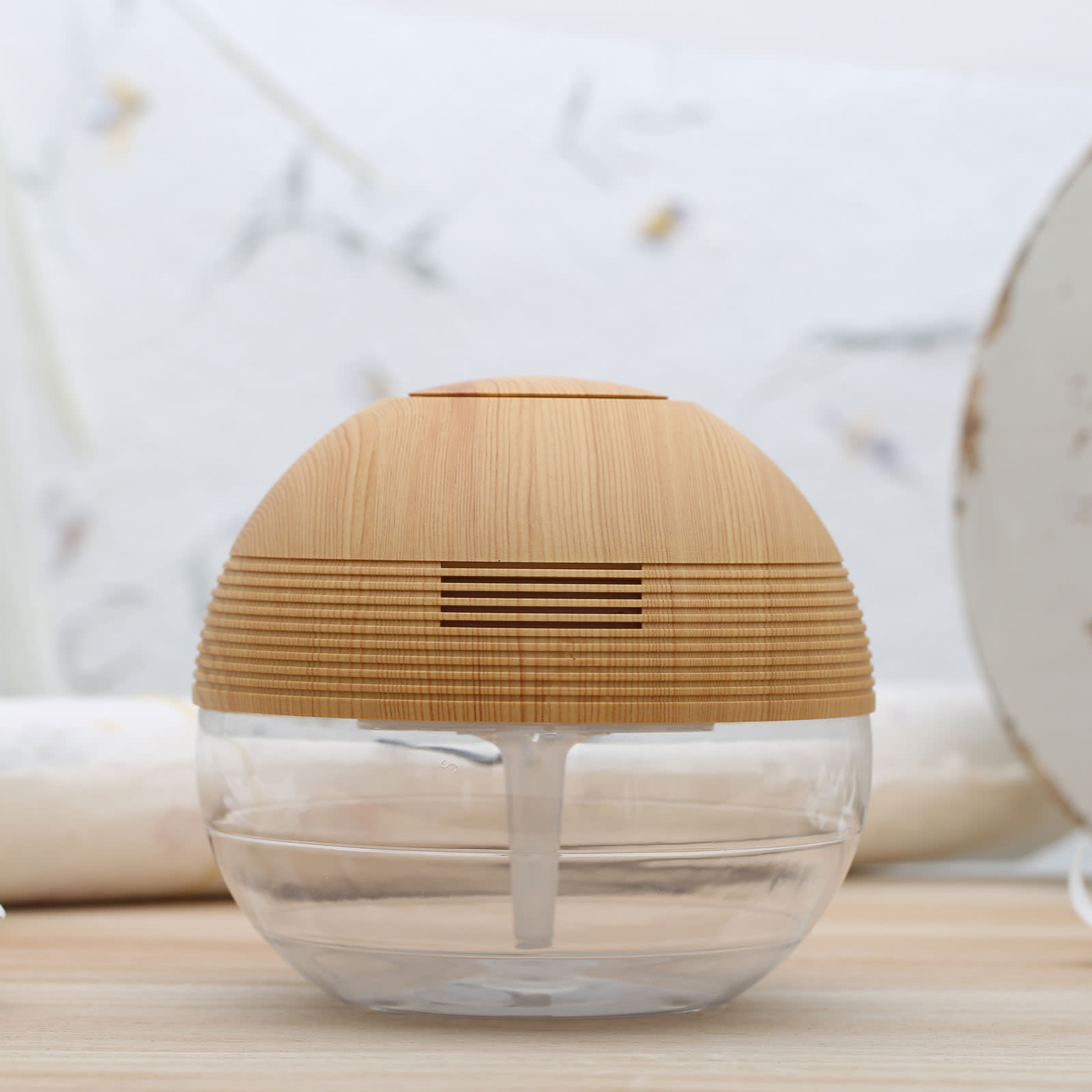UROMA Water Based Air Revitalizer Purifier Odor Remover Humidifier Aromatherapy Air Cleaner
