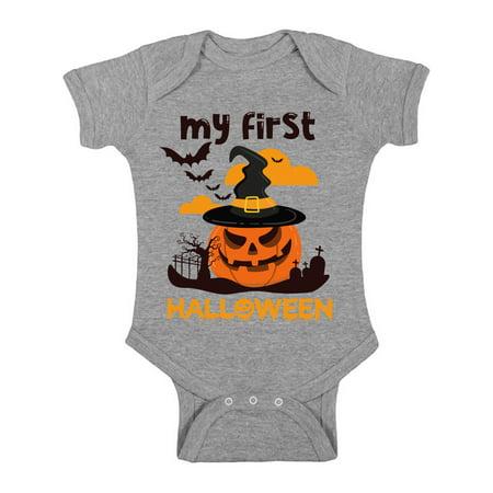 Baby's 1st Halloween Pumpkin Carving (Awkward Styles Pumpkin Baby Bodysuit My First Halloween)