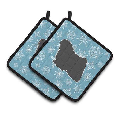 Carolines Treasures BB3563PTHD Winter Snowflake Puli Pair of Pot Holders - image 1 of 1