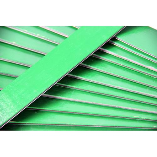 """Club Pack of 25 Green Colored Wooden Straight Edges with Metal Strips - 12"""""""