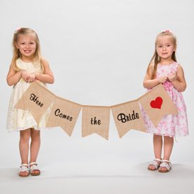 Here Comes the Bride Burlap Banner](Here Comes The Bride Banner)