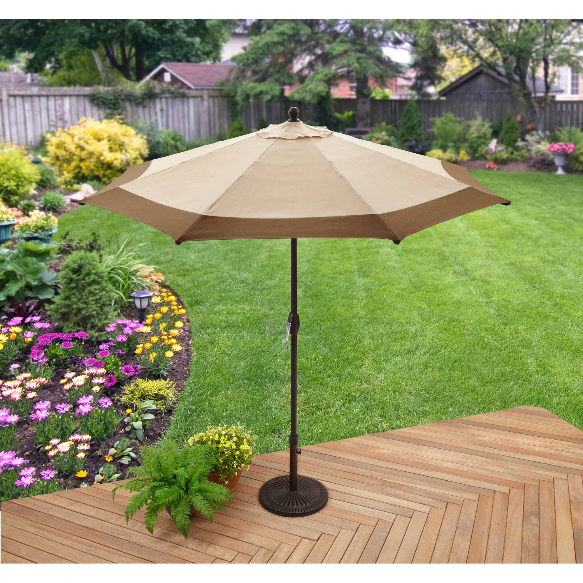 Better Homes and Gardens 9' Market Umbrella, brown border