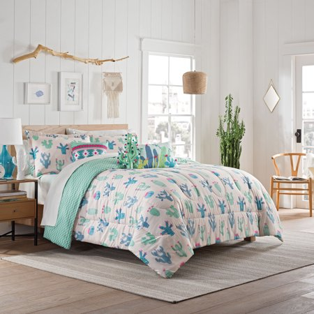 Waverly Spree Always on Point Reversible Comforter