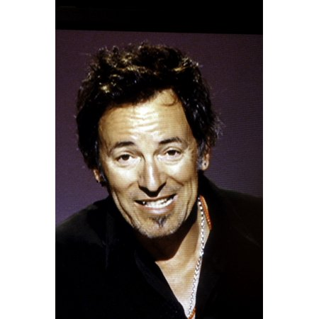 Bruce Springsteen speaking at the Rock and Roll Hall of Fame Photo