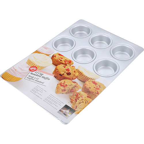 Wilton 12-Cavity Standard Muffin Pan 2105-9310