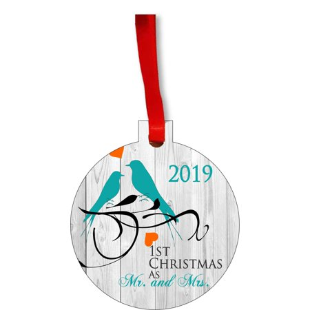Ornament Newlyweds 1st Christmas as Mr. and Mrs. 2019 Lovebirds Round Shaped Flat Hardboard Christmas Ornament Tree Decoration - Unique Modern Novelty Tree Décor Favors ()