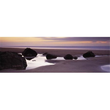 Rocks on the beach  Sandymouth Bay  Bude  Cornwall  England Poster Print by  - 36 x 12 - image 1 de 1