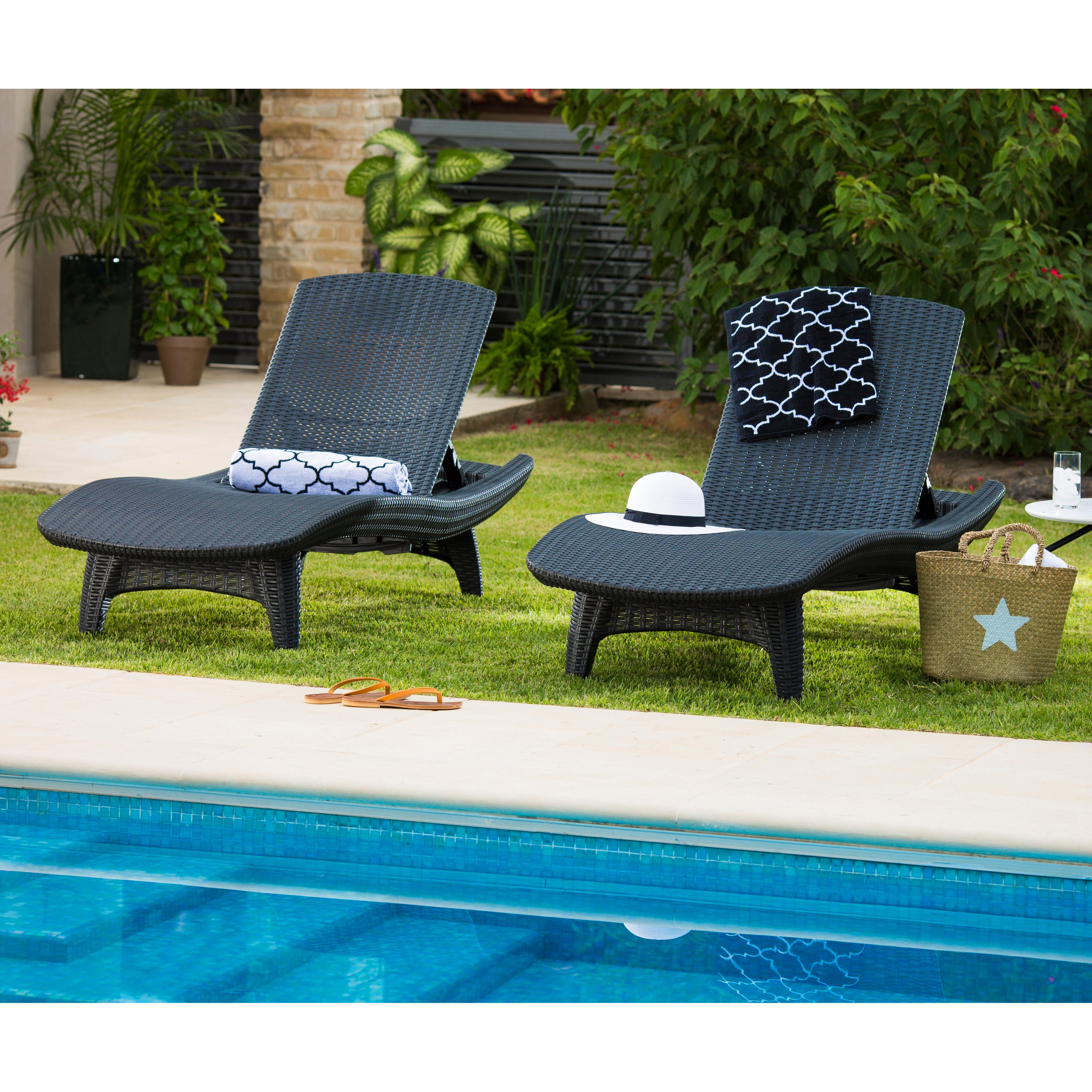 Superb Keter Outdoor Chaise Lounge   Set Of 2