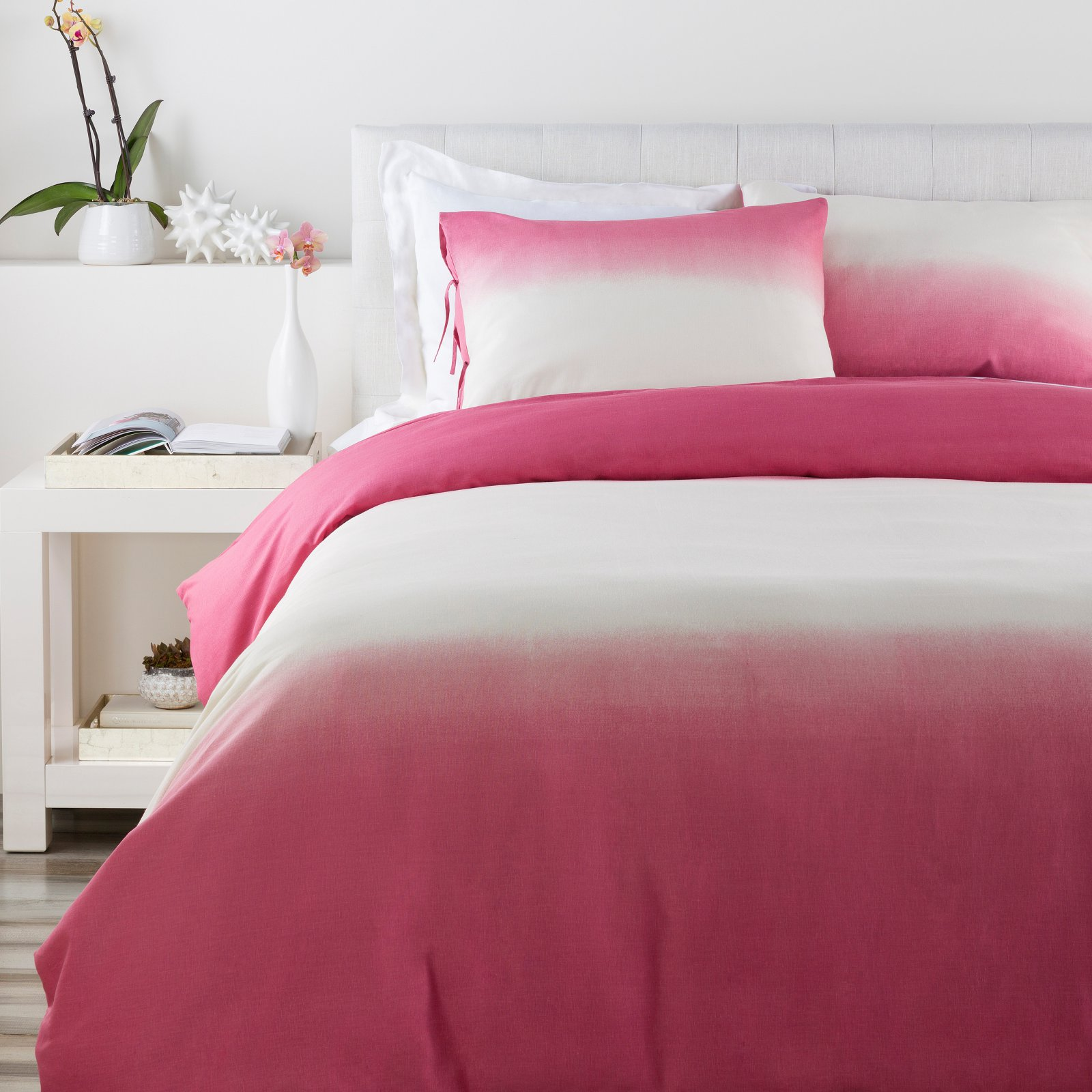 Dip Dyed Duvet Set by Surya