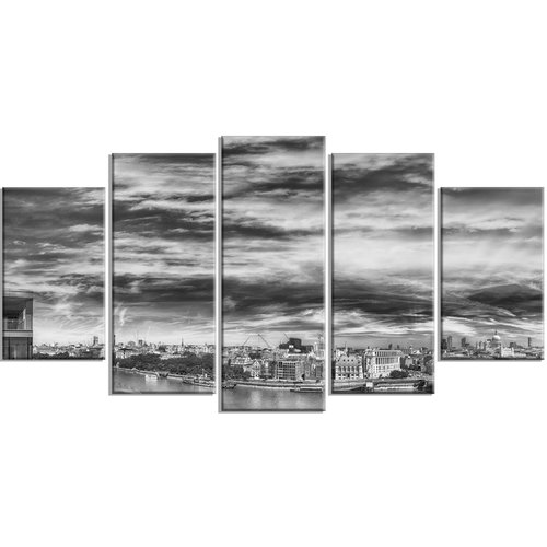 Design Art 'Black and White Panoramic London' 5 Piece Photographic Print on Wrapped Canvas Set