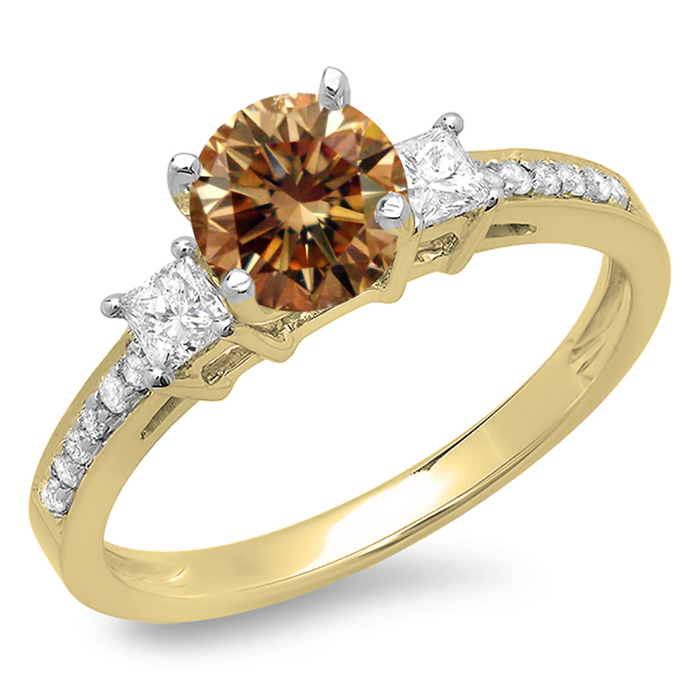 1.35 Carat (ctw) 18K Yellow Gold Princess & Round Champagne & White Diamond Ladies Bridal 3 Stone Engagement Ring