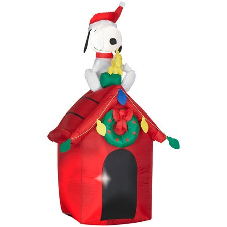 Gemmy Industries Airblown Snoopy and Woodstock - Inflatable Snoopy