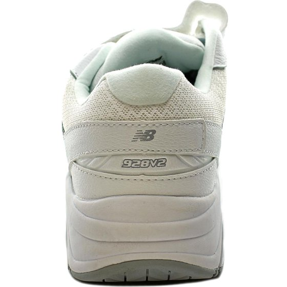 f4d6b445ba275 In 1960, the company introduced the first running shoes in multiple widths,  establishing New Balance's reputation for athletic footwear that can fit  any ...