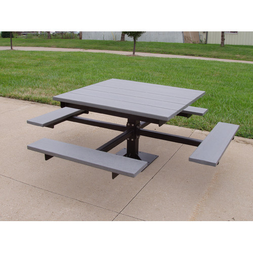 Frog Furnishings Recycled Plastic Picnic T-Table