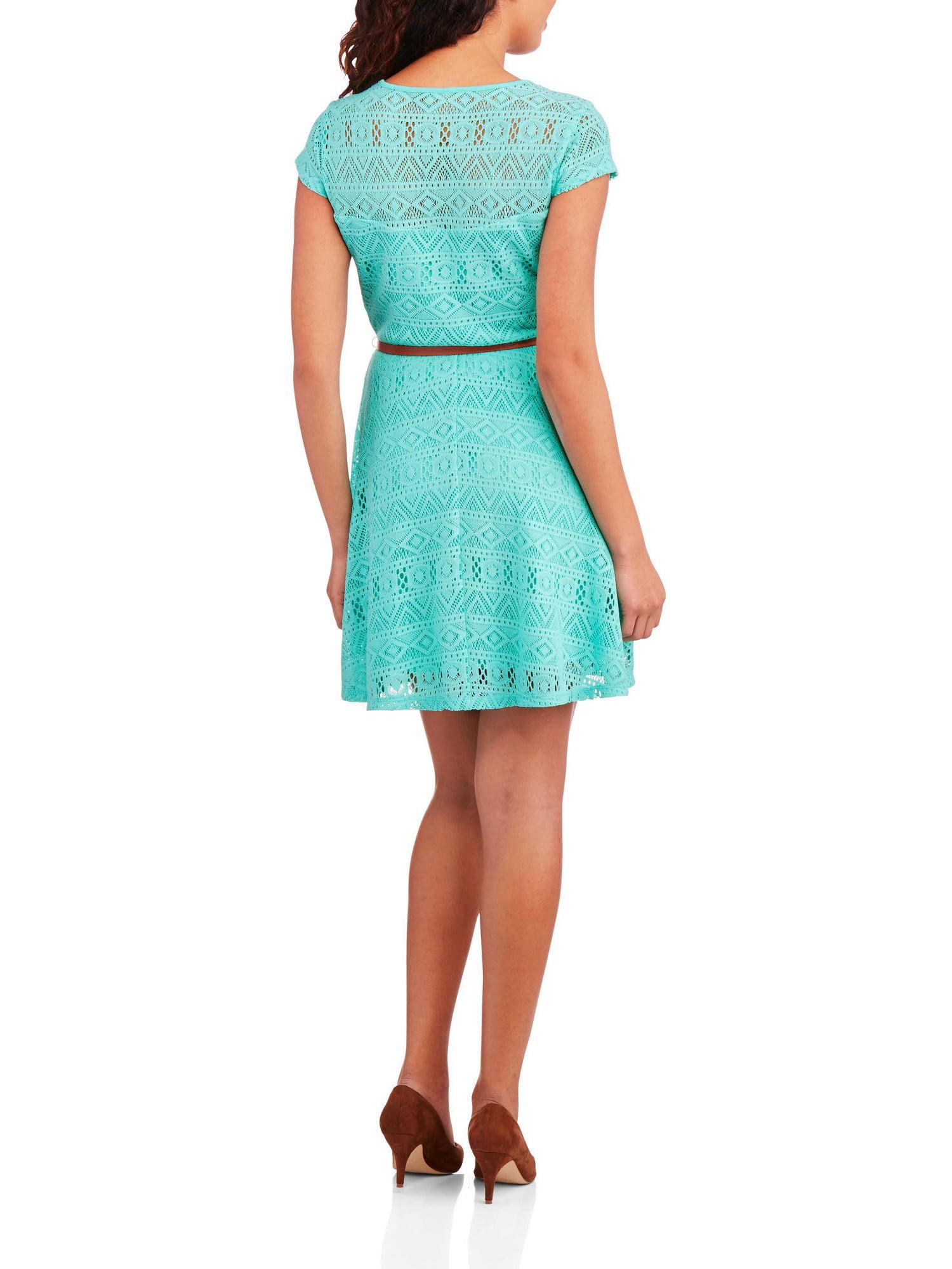 Juniors\' Sweetheart Neck Lace Skater Dress with Belt - Walmart.com