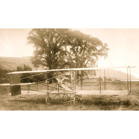 On December 19 1910 a real birdman arrived in Honolulu aboard the Manchuria Whipple Hall agent for the Curtiss Aircraft Company debarked with an excitingly strange proposal He announced that within a Aircraft Real Photo