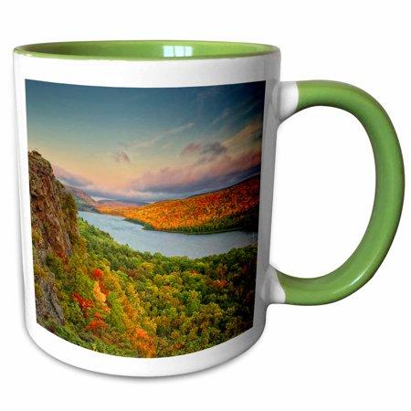 3dRose Michigan, Upper Peninsula. Sunset at Lake of the Clouds. - Two Tone Green Mug,