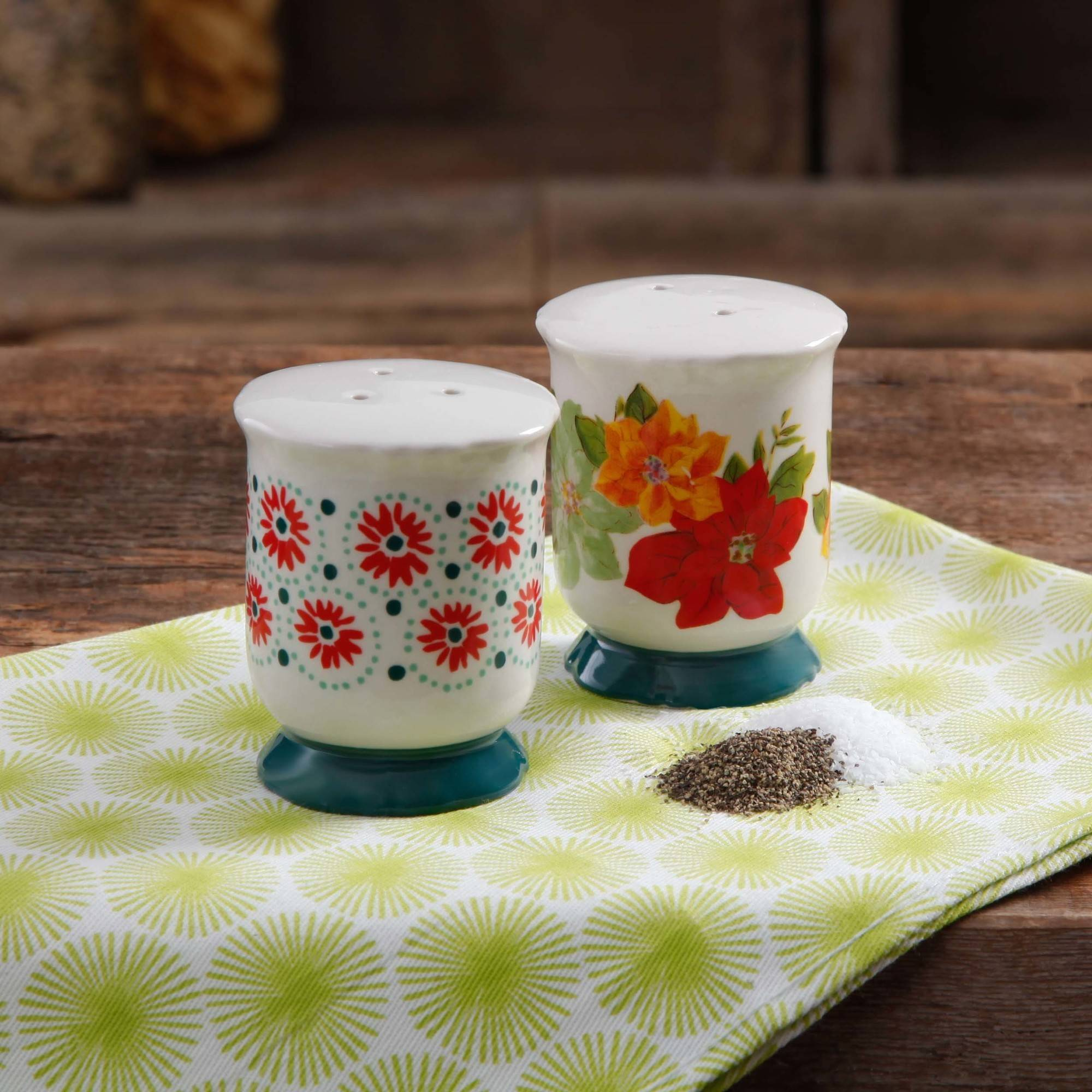 The Pioneer Woman Poinsettia Footed Salt and Pepper Shaker Set