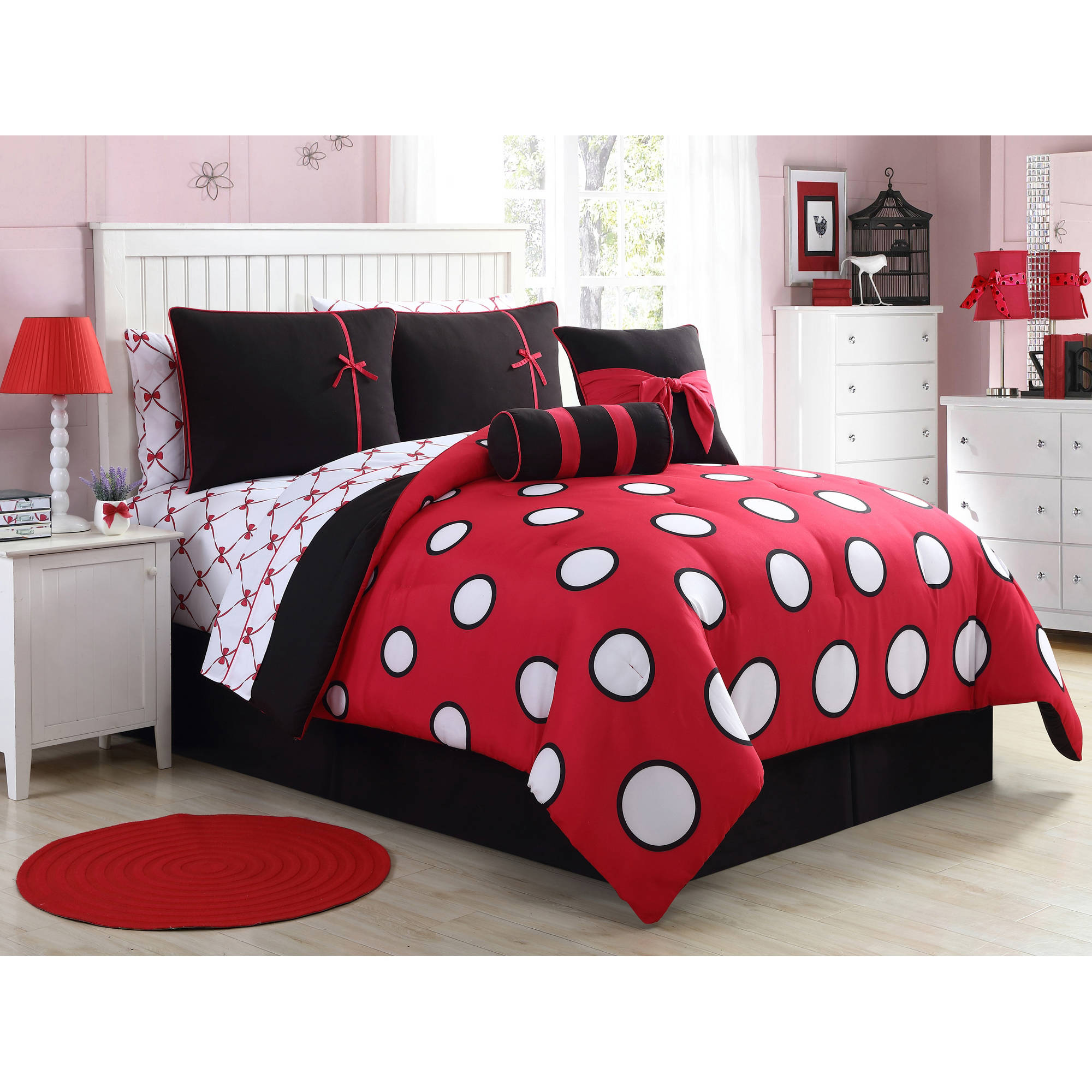 VCNY Home Sophie Polka Dot 8/10 Piece Bed in a Bag Comforter Set, Sheet Set and Decorative Pillows Included