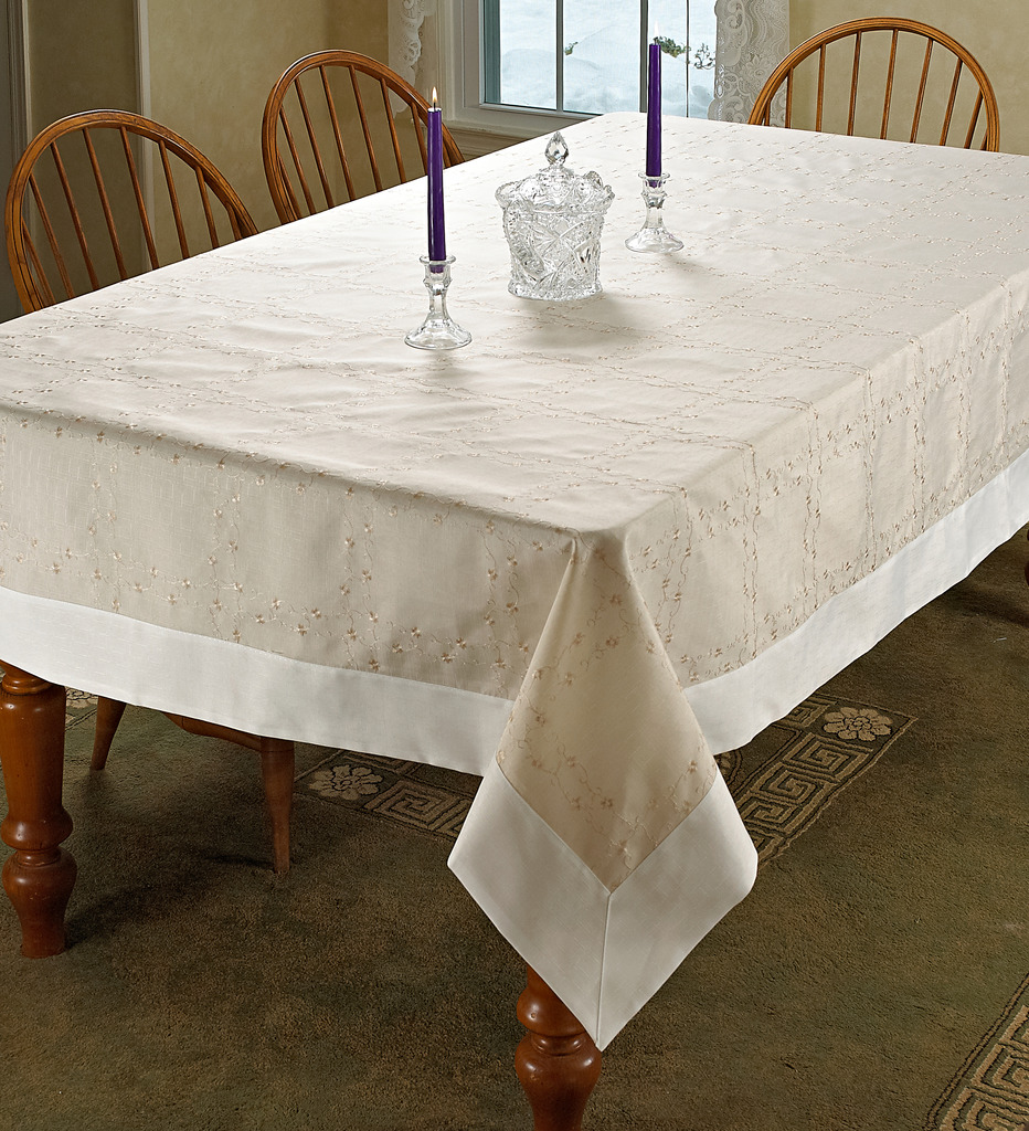 Ribbon Rose Embroidered Design Tablecloths
