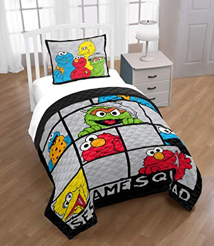 Jay Franco Sesame Street Elmo Hip Twin, Elmo Bedding Queen Size
