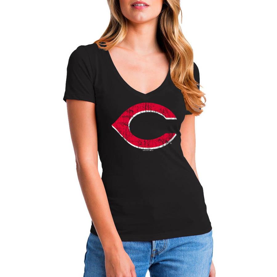 MLB Cincinnati Reds Women's Short Sleeve Team Color Graphic Tee