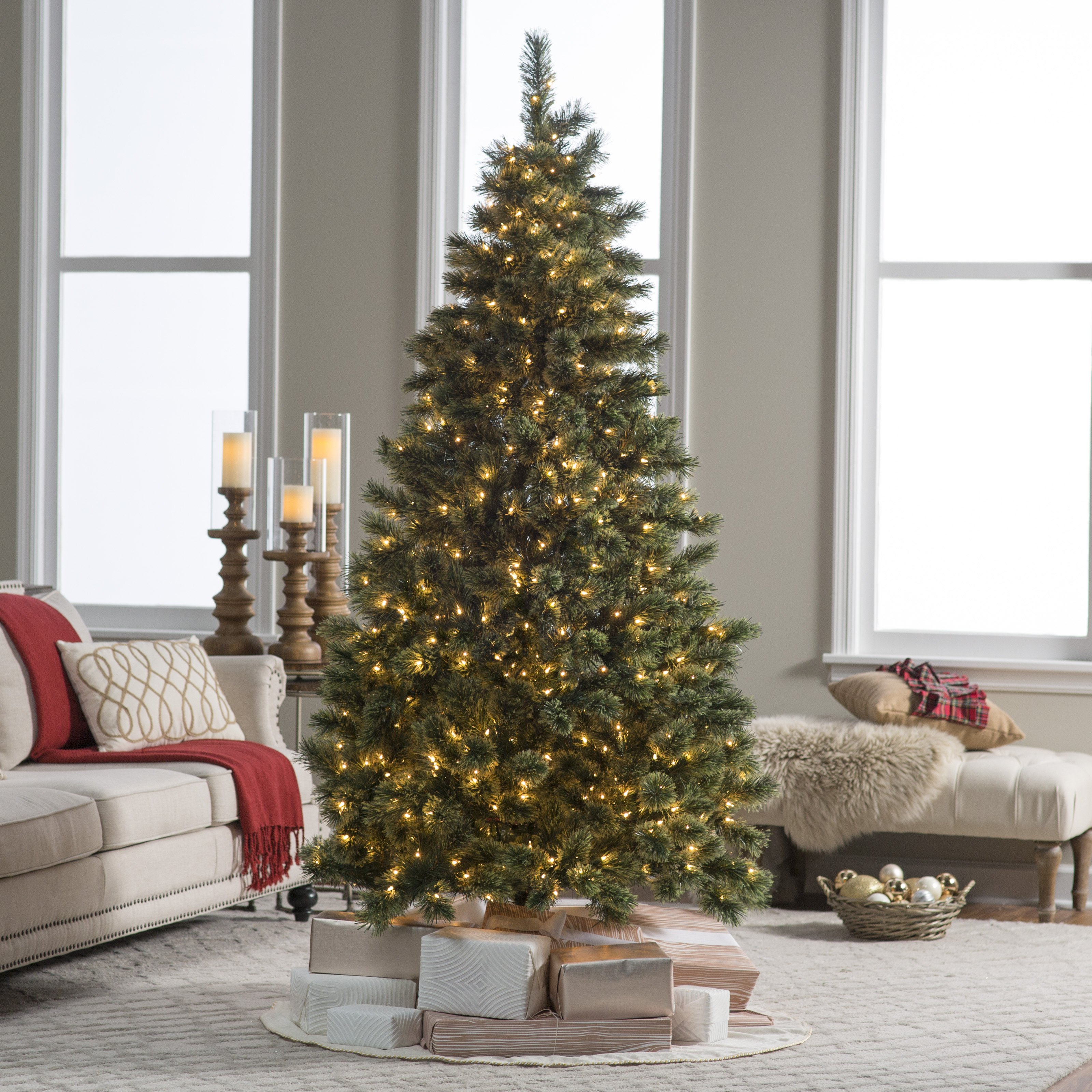 Most Realistic Artificial Christmas Tree Reviews: Pre-Lit 9' Sheridan Cashmere Pine Artificial Christmas