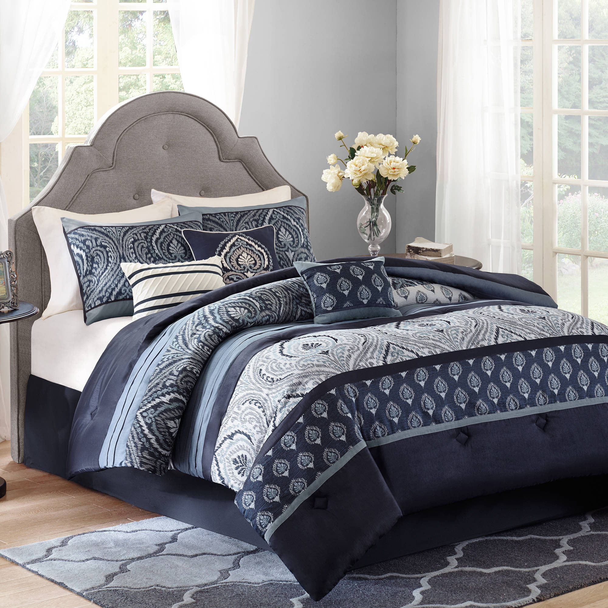 Better Homes and Gardens Indigo Paisley 7-Piece Bedding Comforter Set