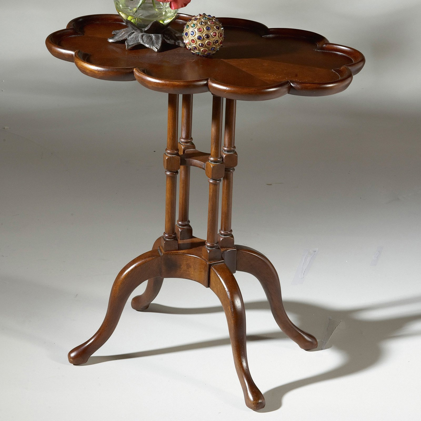 Butler Lloyd Plantation Cherry Oval Accent Table