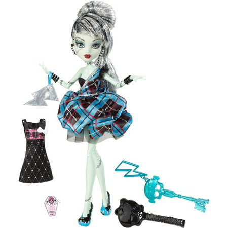 Monster High Sweet 1600 Frankie Stein Doll (Monster High Dolls Basic Travel)