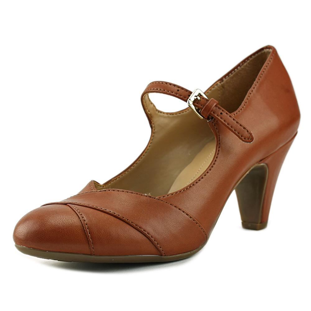 Naturalizer Layton Women Pointed Toe Canvas Mary Janes by Naturalizer
