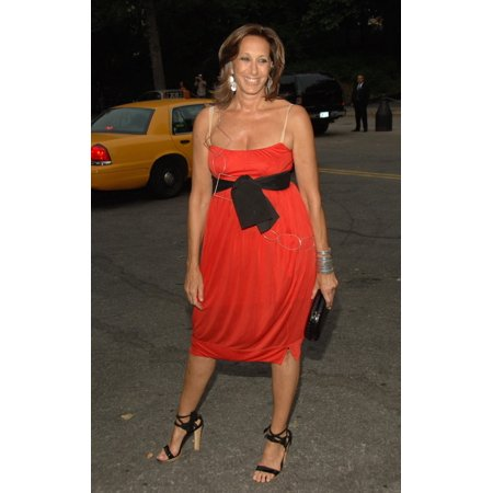 Donna Karan At Arrivals For Fresh Air Fund Salute To American Heroes Tavern On The Green Restaurant New York Ny June 01 2006 Photo By William D BirdEverett Collection Celebrity - Halloween Themed Restaurant New York