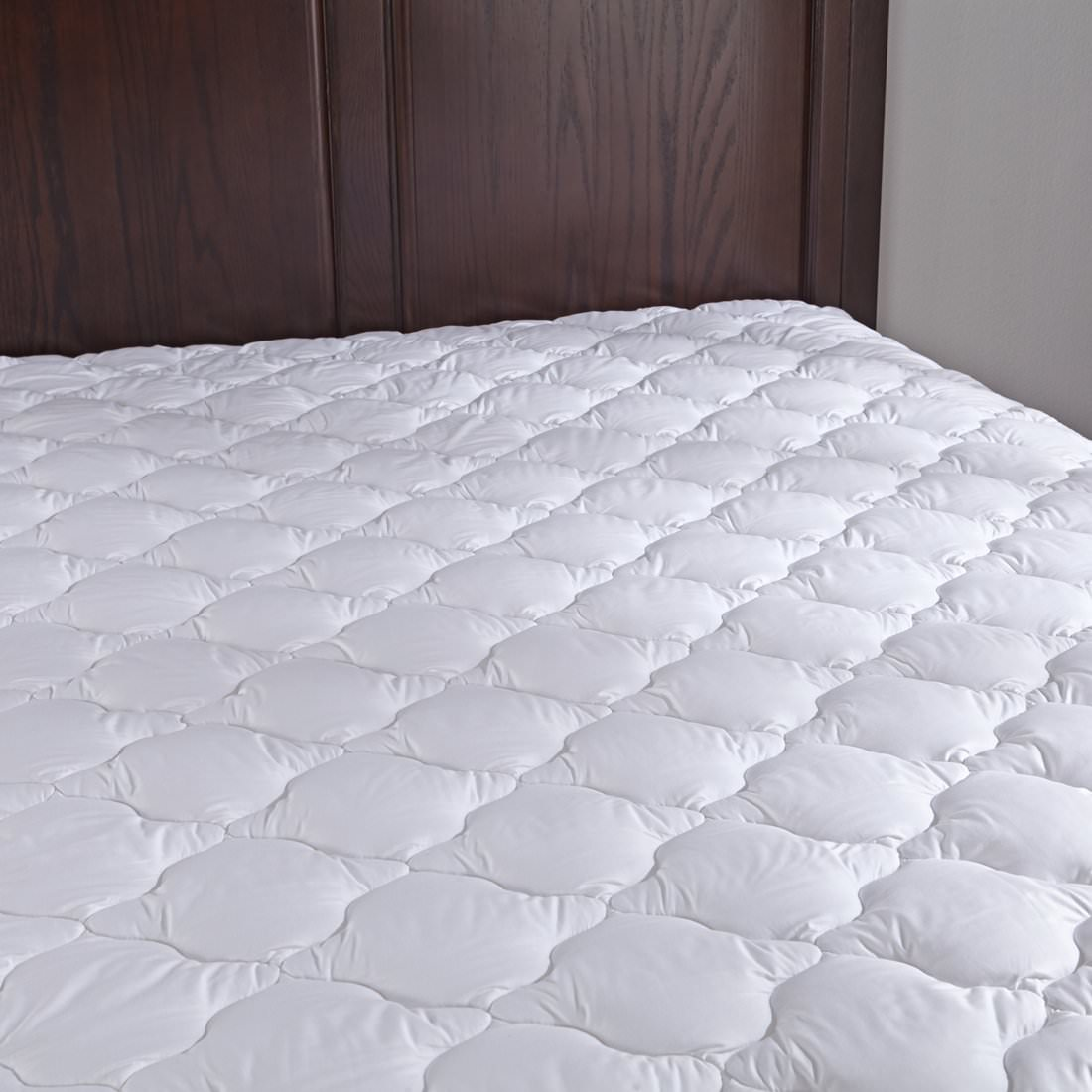 Puredown Down Alternative Mattress Pad/Topper-Quilted-100% Cotton Top, Four-leaf Clovers Pattern, Twin Size