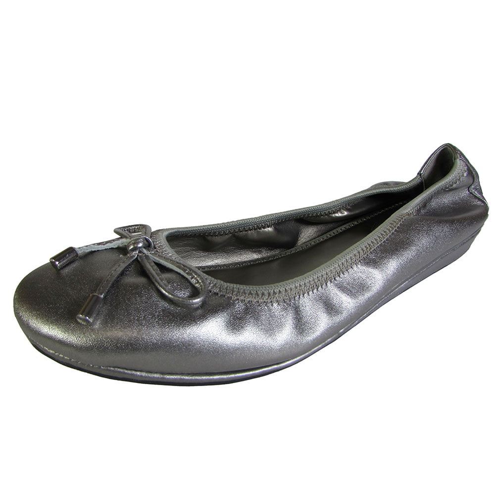 Me Too Womens Lilly Leather Ballet Flat Shoe by Me Too
