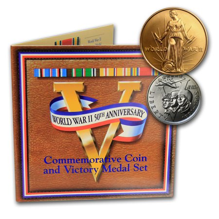 Clad Half Dollars - 1993-P World War II 1/2 Dollar Clad Commem Coin/Medal Set (Card)