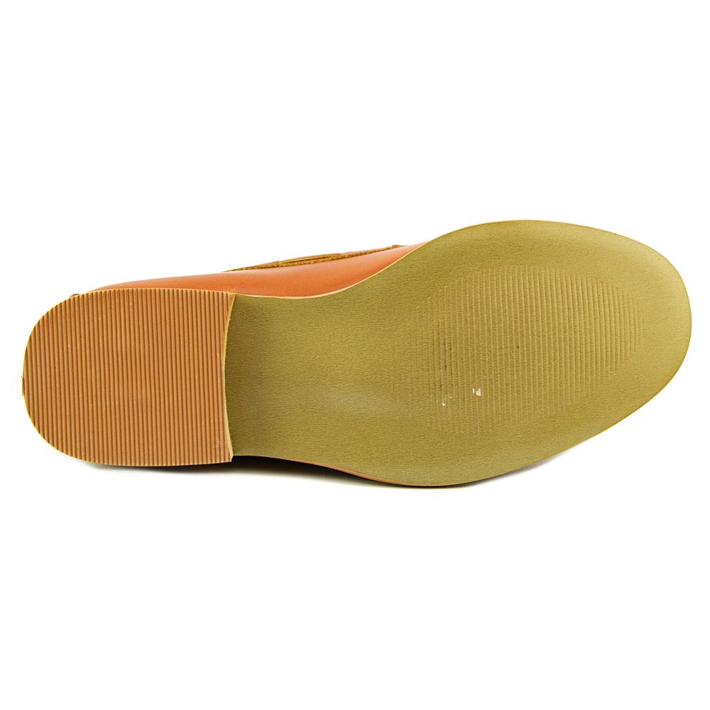 Wanted Charlie Women Round Toe Flats