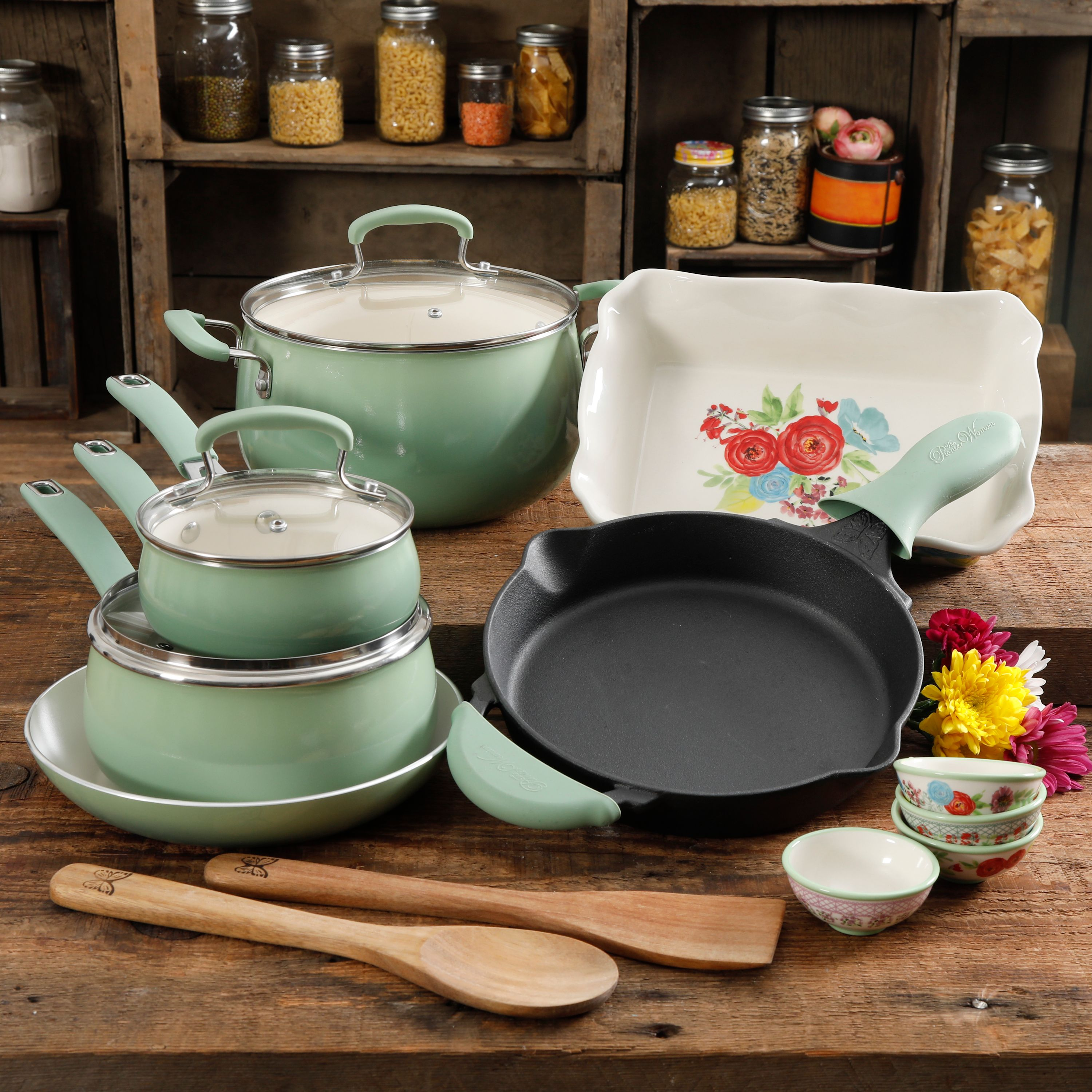 The Pioneer Woman Clara Cookware Set, 17 Piece