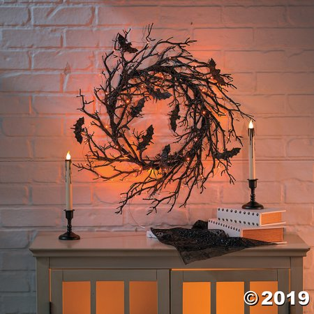 Halloween Wreath Decorations (Light-Up Black Bat Wreath Halloween)