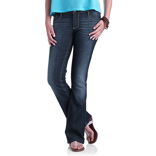 L.E.I. Juniors' Ashley Bootcut Jeans