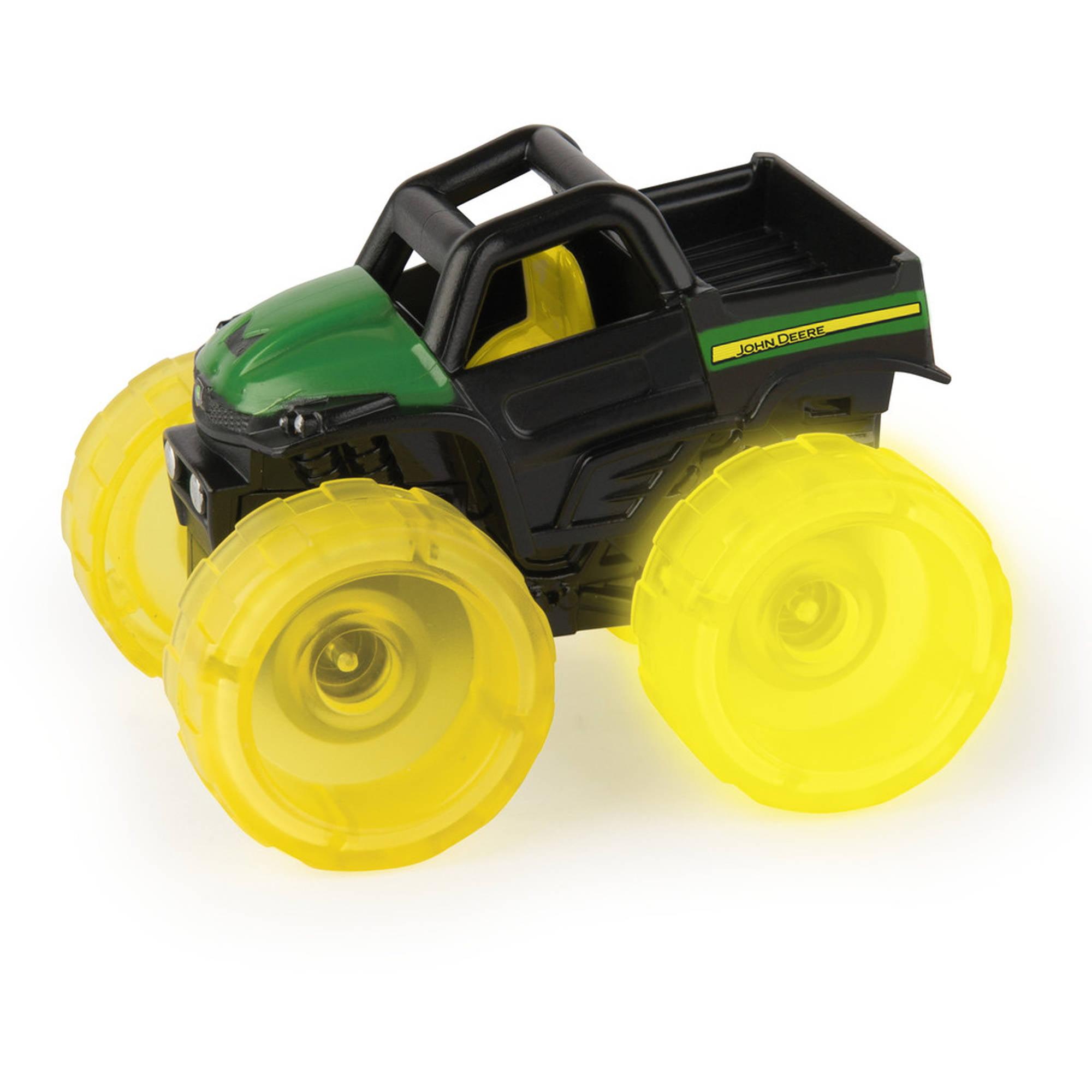TOMY John Deere Monster Treads Lighting Wheels, Gator