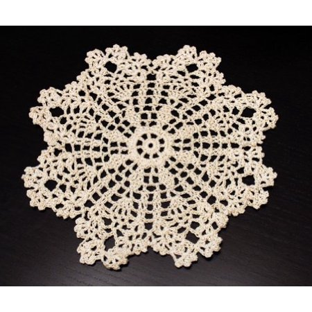 Handmade Crochet Lace Pineapple Beige Doily. 8 Inch Round. 100% Cotton. 4 Pieces.