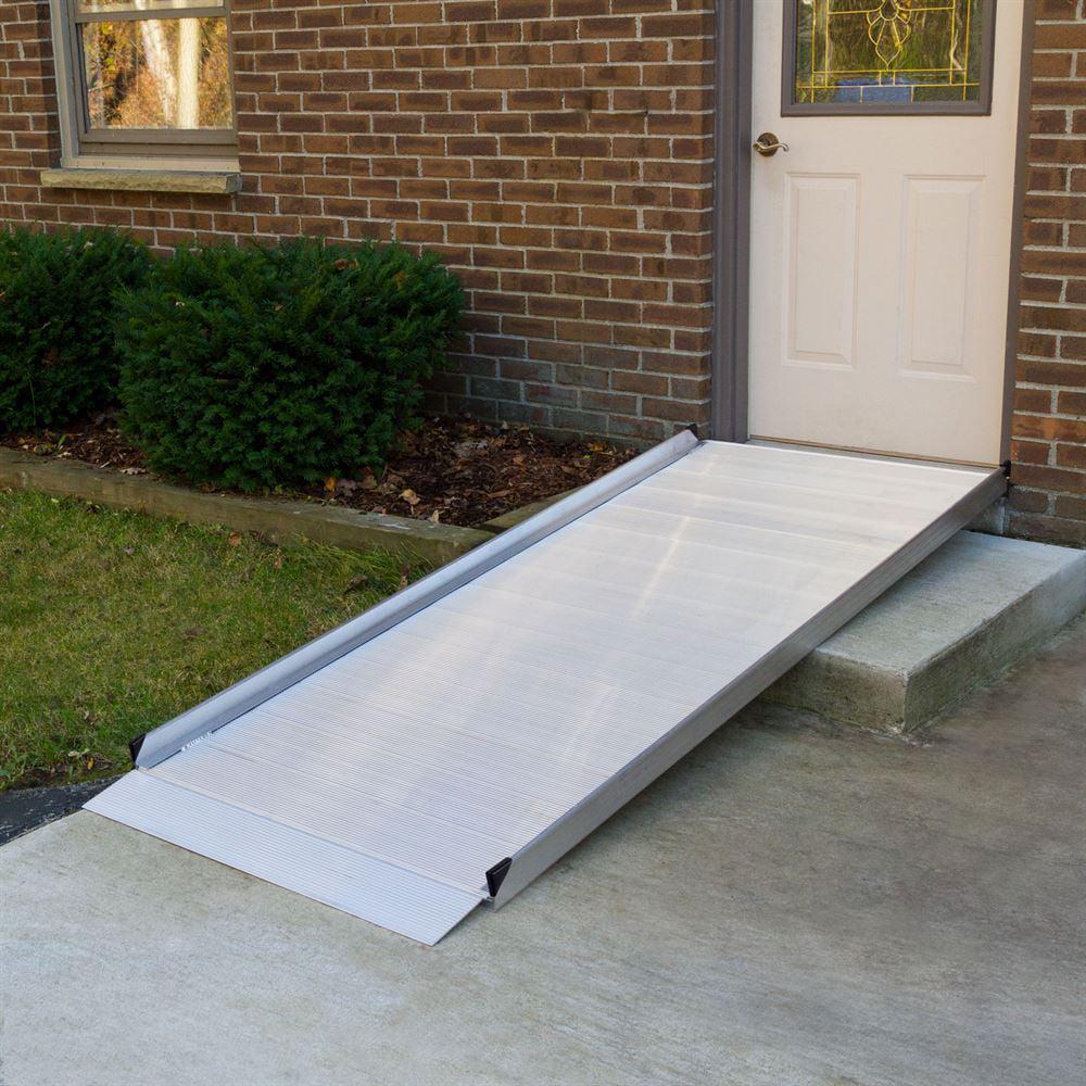 Silver Spring Aluminum Wheelchair Access Ramp - 5' L