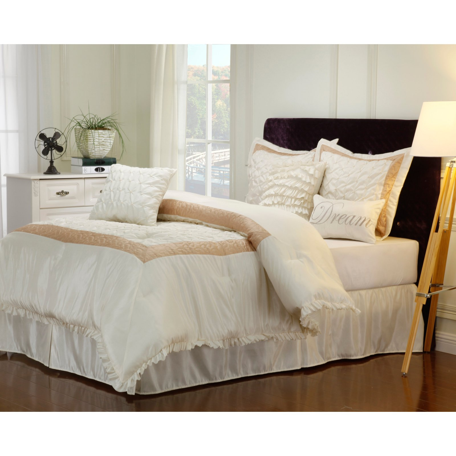 Superior Dream 7 Piece Bedding Set