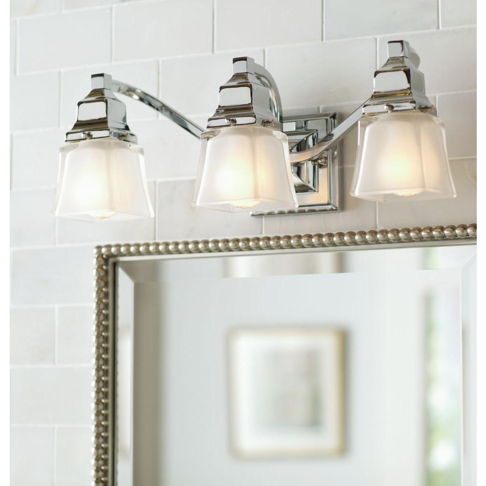 Hampton bay 3 light chrome bath light store return